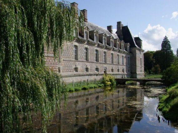 Chateau_Le_Kinnors_camping_de_la_plage_houlgate