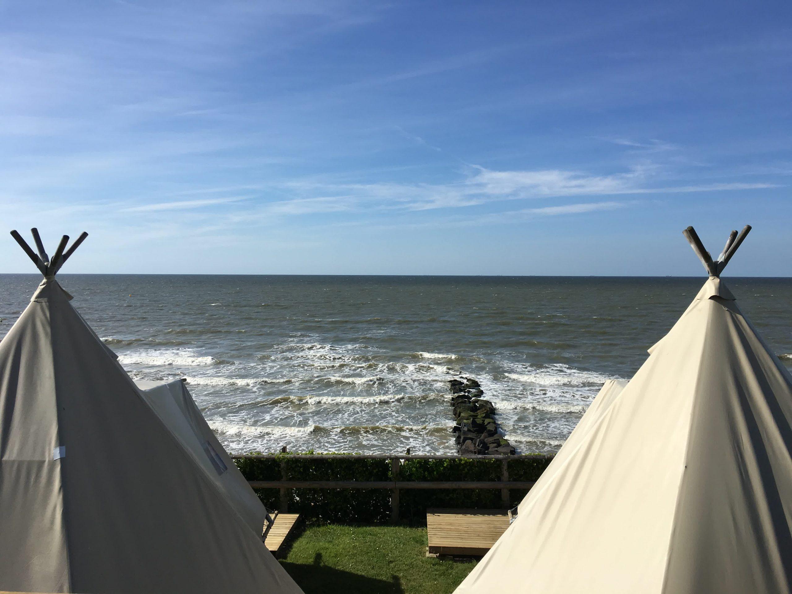 vue_tipi_camping_de_la_plage_houlgate