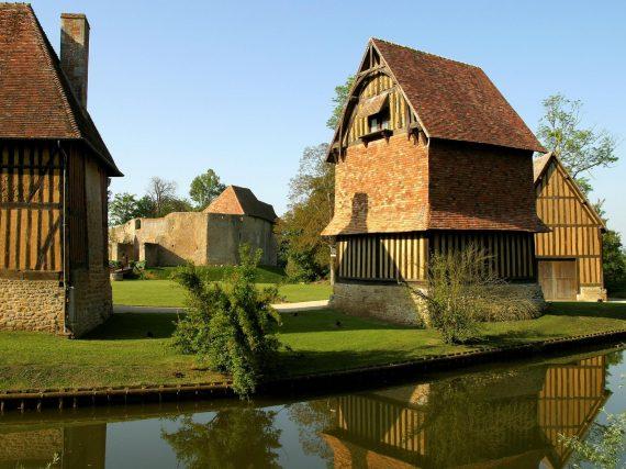 chateau_de_crvecoeur_camping_de_la_plage_houlgate